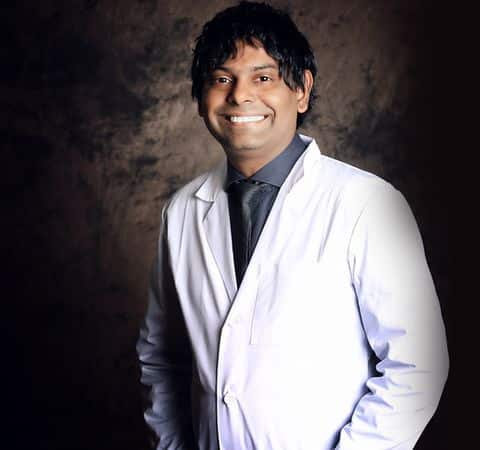recognized doctor arvind philomin for esthetix dentistry